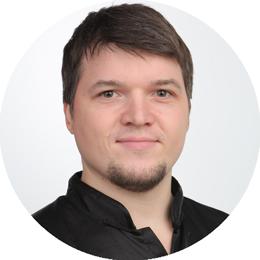 Александр Бутаков, инструктор по китайской гимнастике в центре 8 перемен