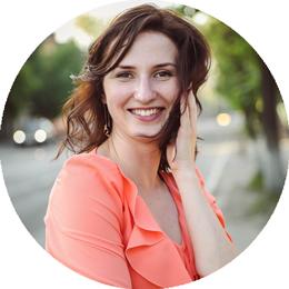 Анна Владимировна Болгова, семейный психолог, гештальт-терапевт, телесный терапевт в центре 8 перемен