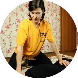 Анна Бубенкова, массажист, спортивный массажист, телесный терапевт, специалист по технологии СКЭНАР, специалист в области физической культуры и спорта в центре 8 перемен.